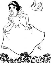 Белоснежка в лесу бежит от ведьмы Раскраски с цветами распечатать бесплатно