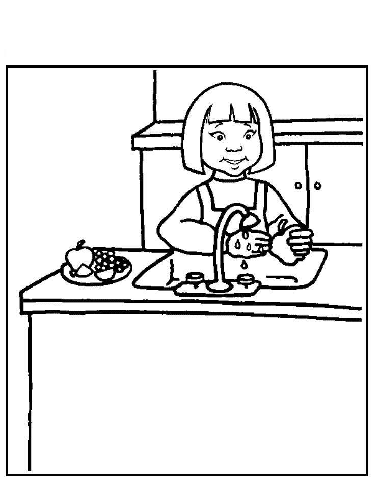 Девочка моет фрукты на кухне Раскраски для девочек скачать